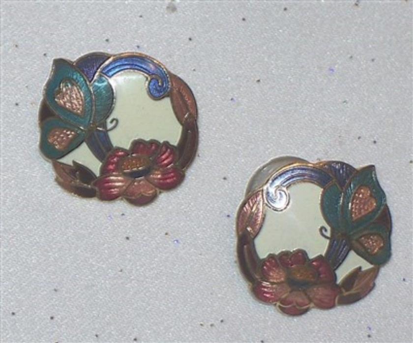 VINTAGE ENAMEL BUTTERFLY FLOWER CLOISONNE PIERCED EARRINGS  J241