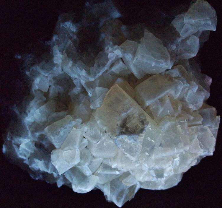 Fluorescent CALCITE from Chimney Rock Quarry, New Jersey