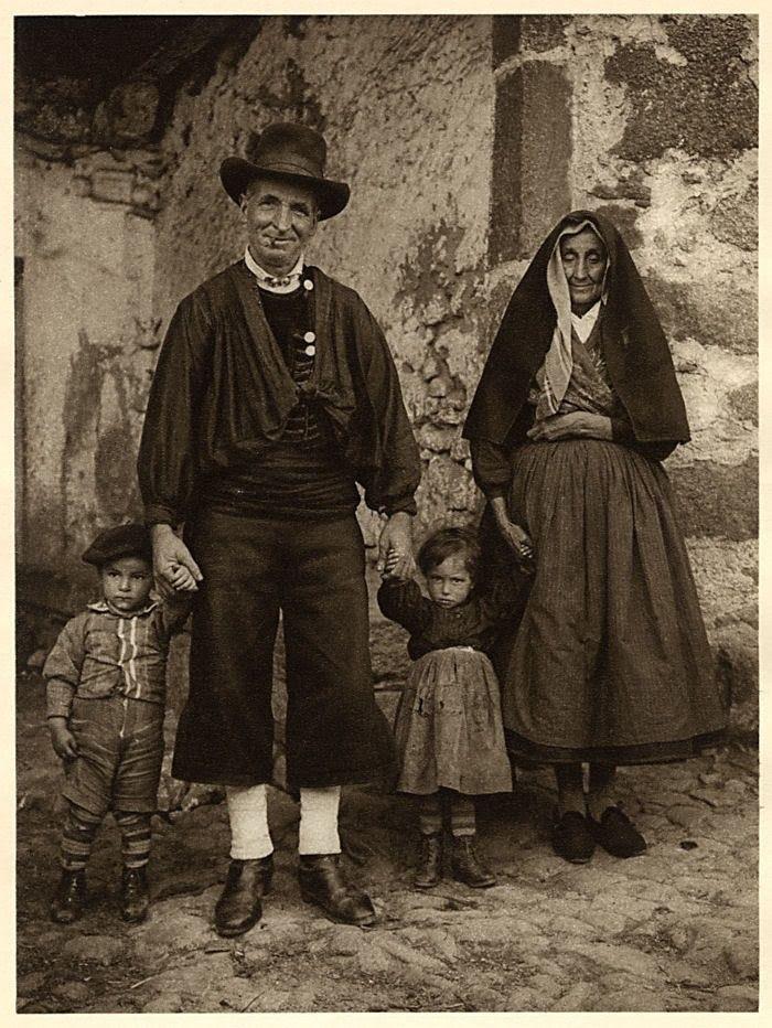 Tradition Costumed Family La Alberca Spain/España: 1925 Hielscher Photogravure