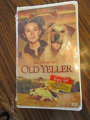 Walt Disney Movie Old Yeller  Sealed VHS Clamshell