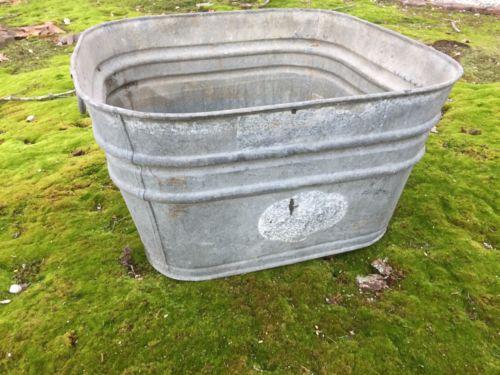 Vintage Square Galvanized Wash Bucket