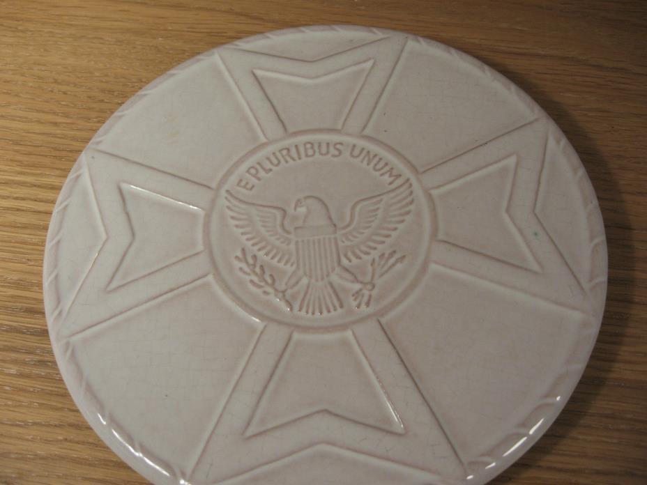 Vtg Trivet Frankoma Pottery Eagle Knights Templar Iron Cross Hot Plate White