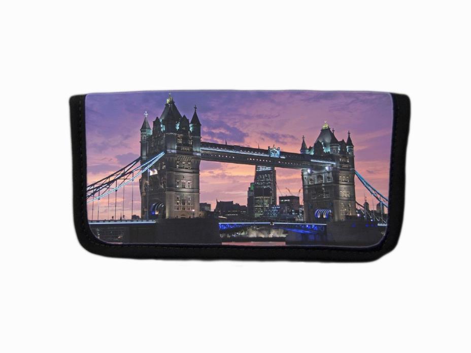 TOWER BRIDGE LONDON ENGLAND CITYSCAPE IMAGE FABRIC CHECKBOOK COVER HOLDER