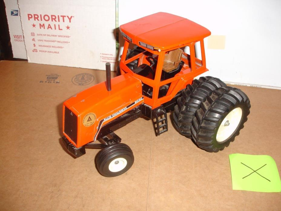 1/16 allis chalmers 8030 toy tractor