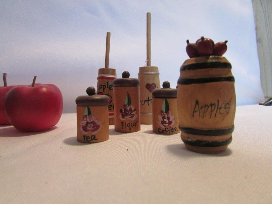 Dollhouse Red Apples Miniature Set And Kitchen Items 16 ITEMS TOTAL SET SHIPPING