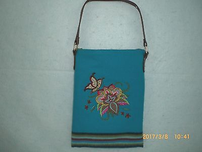 Ladies 8 Band Embroidered Turquoise Tradecloth Purse