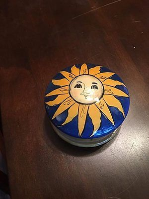 Small sun/moon wooden container