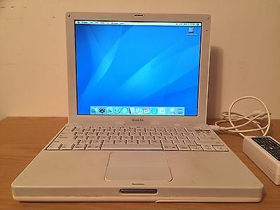 Apple iBook G4 800MHz / 30GB / 256MB RAM / OS X Tiger