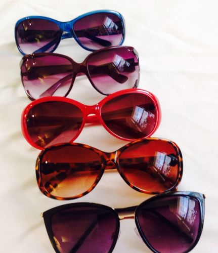 Mixed Lot Of 5 Women's Sunglasses In Various Styles
