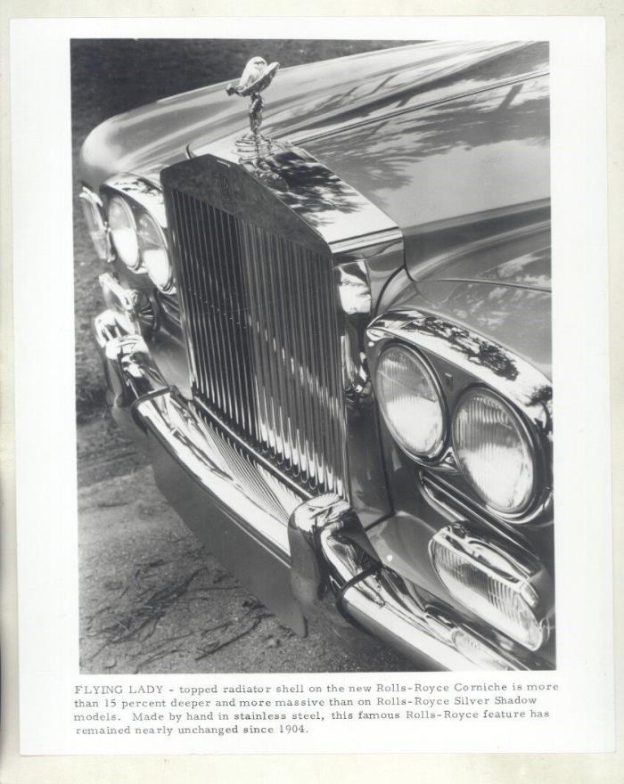 1971 Rolls Royce Corniche Front End ORIGINAL Factory Photograph ww7062