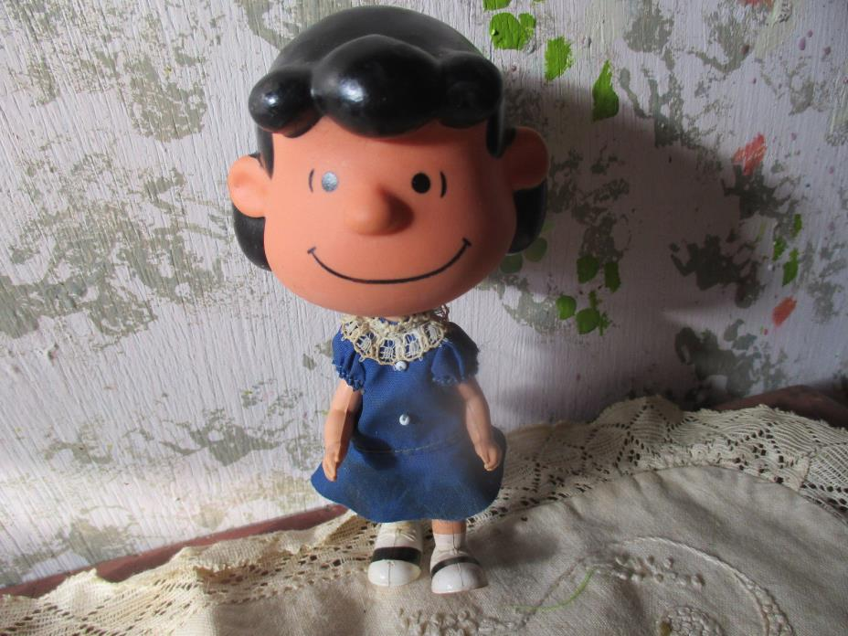VINTAGE PEANUTS GANG LUCY DOLL