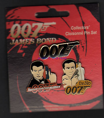 JAMES BOND VINTAGE DUAL PIN BADGE SET 1997 RARE SEAN CONNERY PIERCE BROSNAN