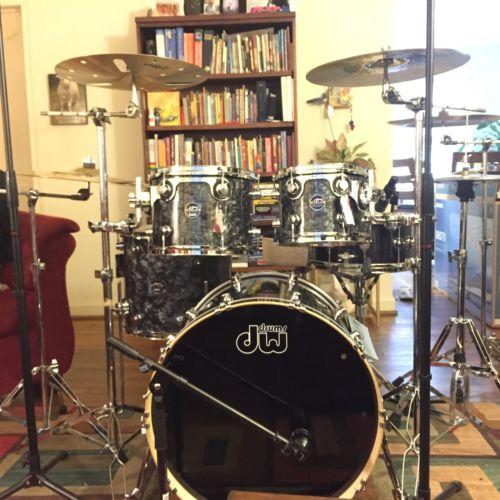 Dw Drum Black Diamond Bass Drum 22-18 Tom 10