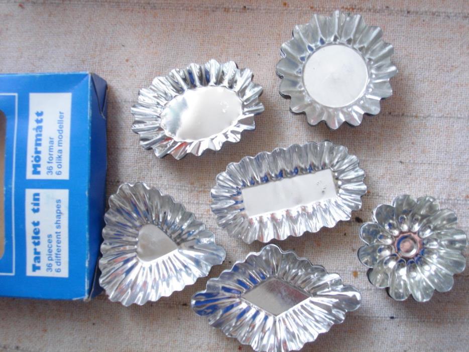 Tart Tin Set Tarties set of 36 molds pans original box vintage baking Sweden