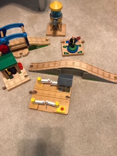 Thomas the Train Wooden Lot