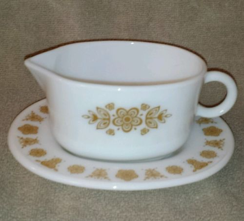 Corelle Butterfly gold gravy boat and underplate