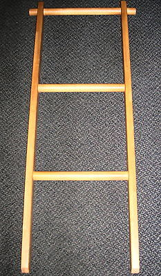 Custom Wood Products Raw Bunkbed Ladder #RIL0002 UPC:710534480802