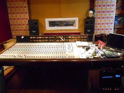 Quad 8 RECORDING CONSOLE
