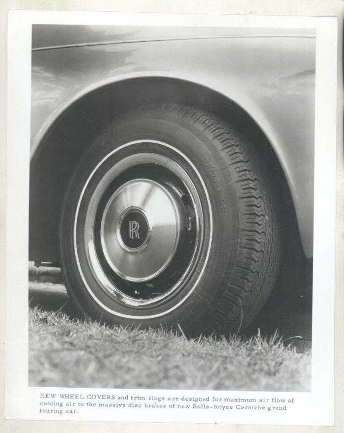 1971 Rolls Royce Grand Touring ORIGINAL Factory Photograph ww7061