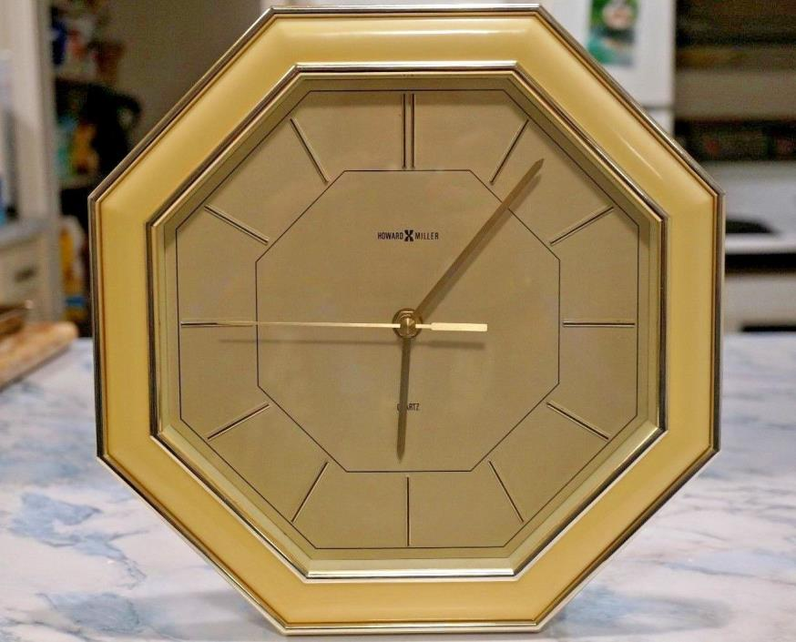 Beautiful Howard Miller Quartz Wall Clock 621-157 - Works!