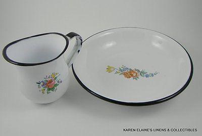 Vintage Enamelware Small Pitcher & Bowl Flower Decoration