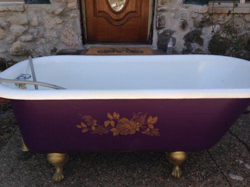 Beautiful Antique Restored 1923 Bathtub Bath Tub