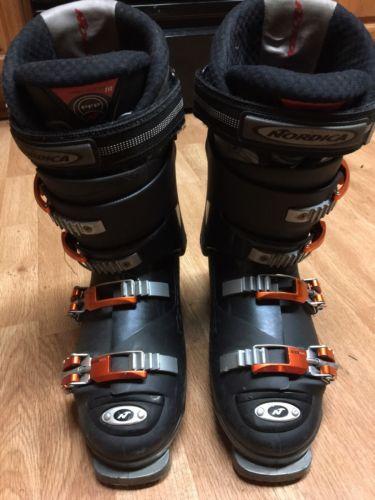 Men's Ski boots Size 9.5