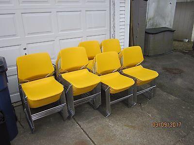 Krueger Matrix stackable chairs