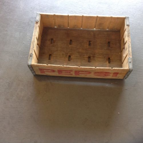 Old Vintage Pepsi Cola Wood Crate Box, Red Lettering, Excellent Condition!
