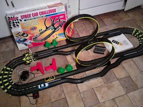 ARTIN Stock Car Challenge Electric Slot Car Racing Set