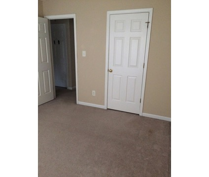 Room for Rent in 27107