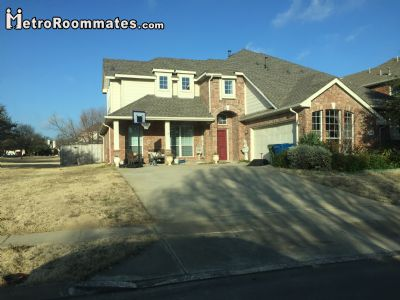 $800 One room for rent in Collin County