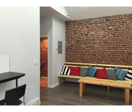 New Furnished, Cozy Private Room For Rent - 1 Minute to Supermarket and 3 Minute