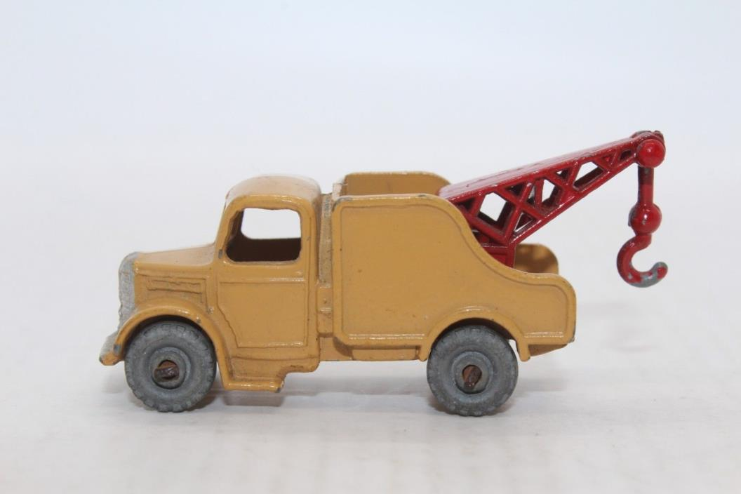 Matchbox Lesney No 13a Wreck Truck - tow truck - Made In England
