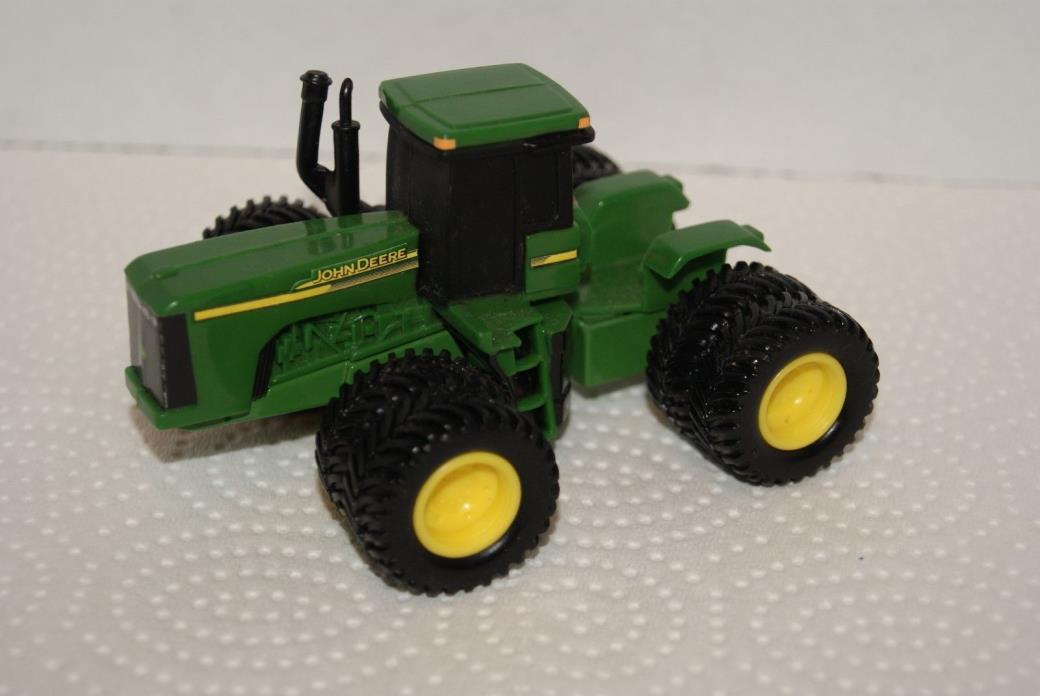 John Deere 9520 w duals/8 tires Farm Tractor ERTL 1:64 loose used