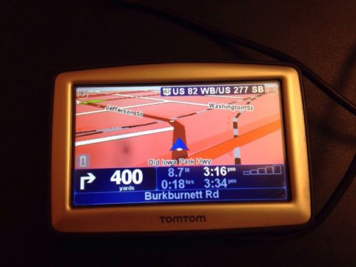 TomTom XL Widescreen N14644 Tested And Works  Has Car Charger With It (bundle)