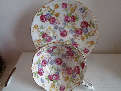 Fancy ROYAL STAFFORD Cup & Saucer ,,June RoseS CHINTZ