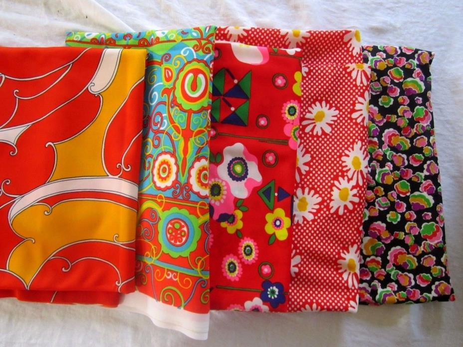 Lot of 5 Vtg Mod Boho Hippy Flower Bright Graphic Jersey Knit Fabric. Soptra