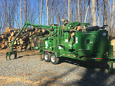 Bandit 280XP Chipper with Grapple Loader