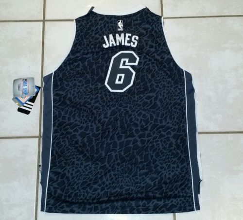 NWT ADIDAS Miami Heat Lebron James LIMITED EDITION STITCHED NBA Jersey Youth XL