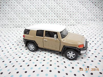 KiNSMART TOYOTA FJ CRUISER 1:36 CUSTOM PAINTED. QUICK SAND!!!! Read Details.