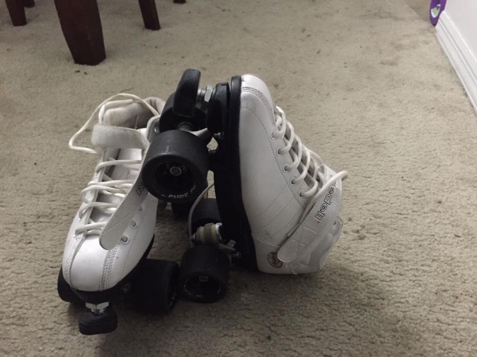 Riedell R3 Roller Skates- White