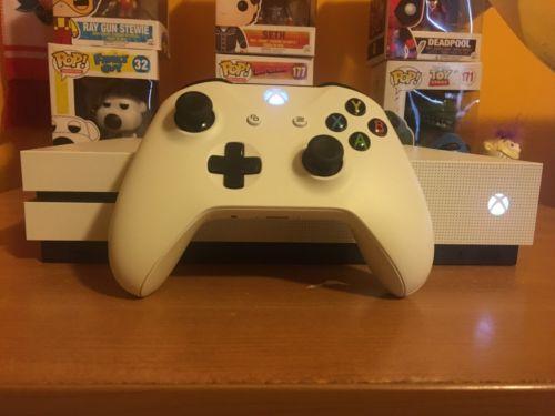 Xbox One s 500gb + Astro A40  + DIGITAL GAMES (Read Description)