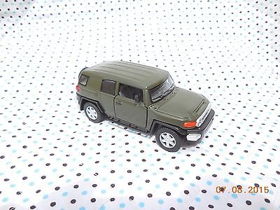KiNSMART TOYOTA FJ CRUISER 1:36 CUSTOM PAINTED. ARMY GREEN!!!! Read Details.