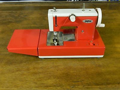 VINTAGE JAYMAR BATTERY OPERATED SEWING MACHINE WITH BOX