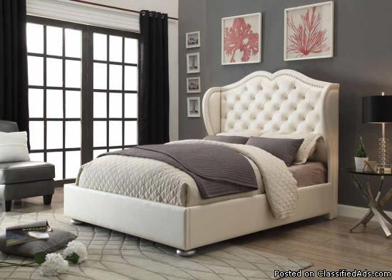 Queen Faux leather Bed without mattress in Pearl White
