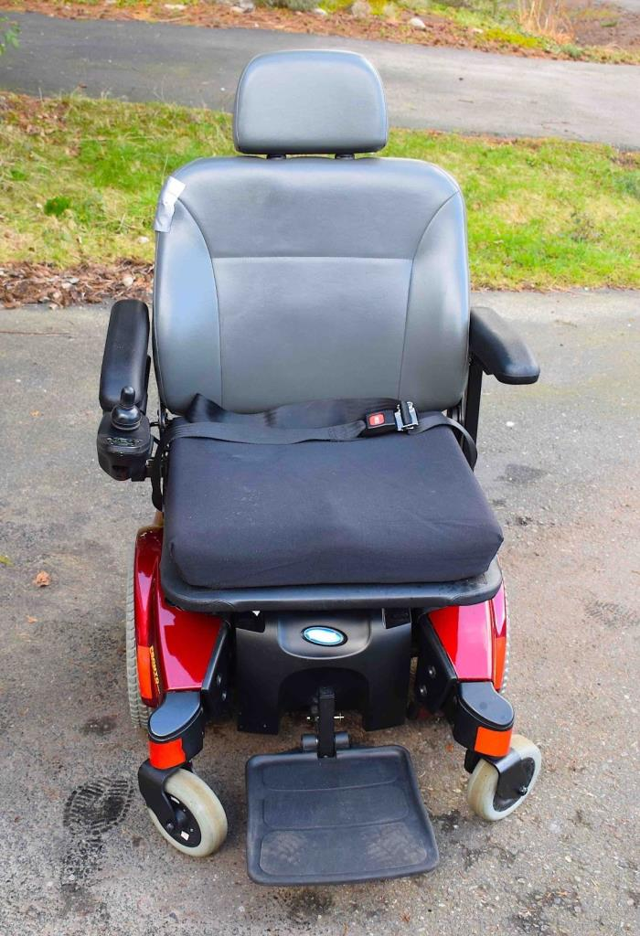 Invacare power wheelchairs for sale classifieds for Motorized wheelchair for sale
