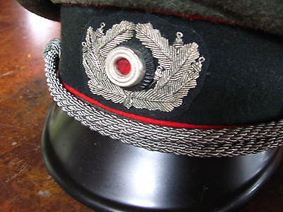 German visor cap artillery (officer in Sturmgeschutz)