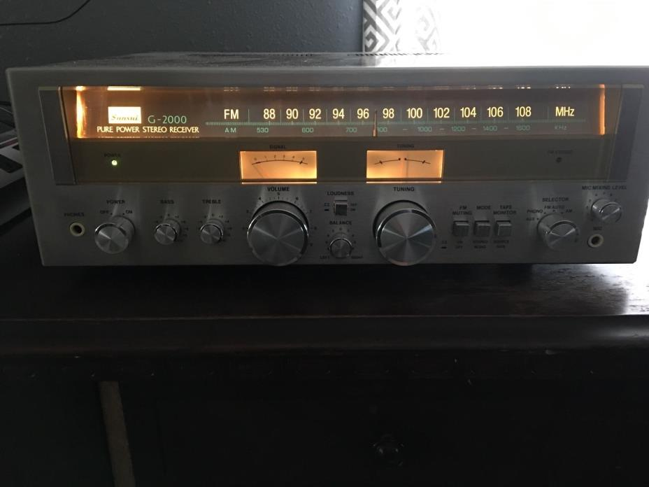 VINTAGE SANSUI G-2000 STERE0 RECEIVER EXCELLENT CONDITION