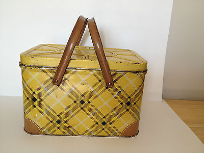Adorable  Yellow & Brown Vintage Tin Picnic Basket,  GSW,